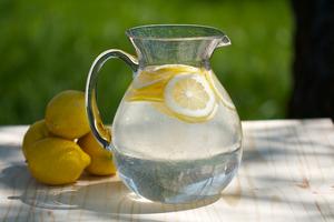 Тайните на лимонената вода...