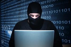 Масово лъсват голи снимки на модели и актриси! Кой е мистериозният хакер?